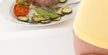 Prečo vás tehotenský inštinkt nabáda jesť mäso?